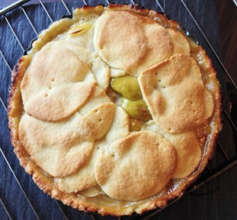 Apple Pie with Sea Salt Caramel, $45 (delivery within Singapore), $35 (self collection)